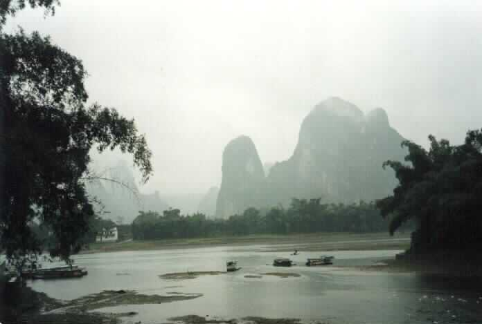 Xingping mountains and harbour